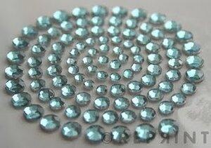 R0774 Ljusblå Rhinestones
